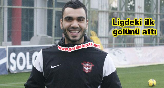 Mustafa çok mutlu