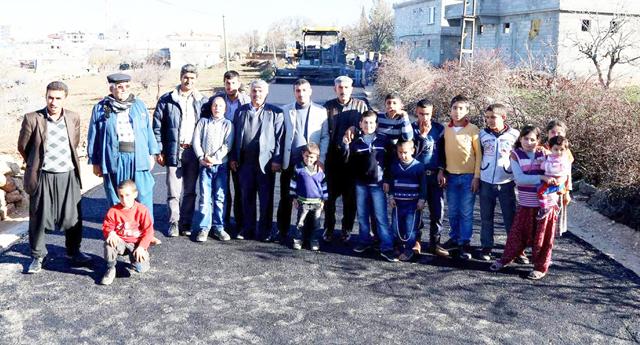 Yeni mahalle olan köylerin yolları açılıyor