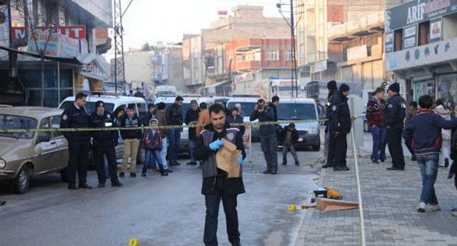 Cadde ortasında silahlı kavga
