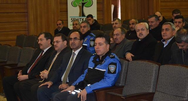 Din görevlilerine uyuşturucu semineri