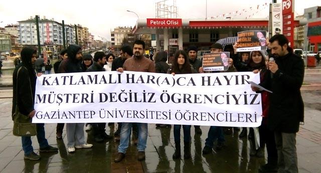 Üniversitede harç eylemi