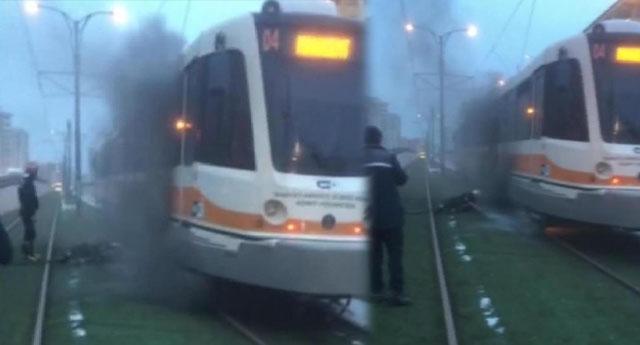Tramvayın motoru yandı