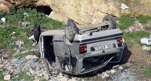 Çalıntı otomobil uçuruma yuvarlandı