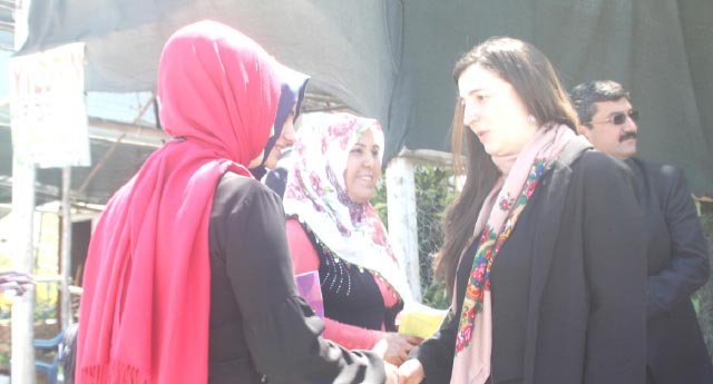 HDP'li adaylar sahada
