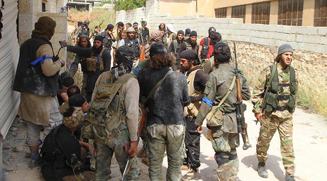 Suriyeli muhaliflerin ilerleyişi sürüyor
