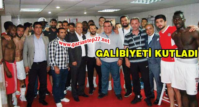Şamil Tayyar tebrik etti