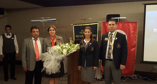 Rotary'de görev değişimi