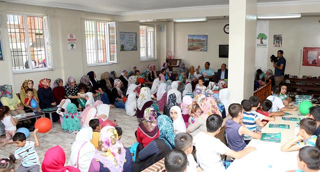 Kursiyerlere Kur'an-ı Kerim hediyesi