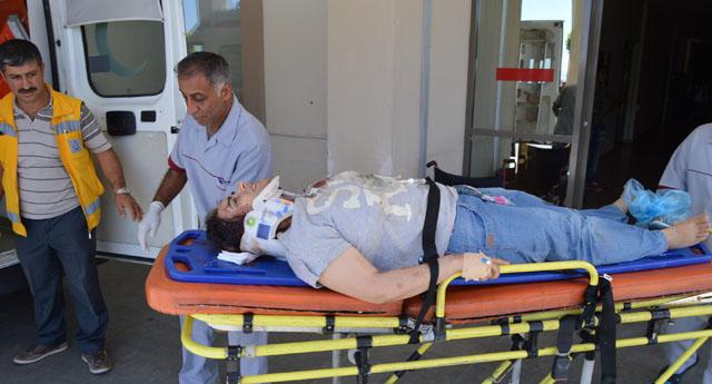Direksiyon hakimiyetini  kaybetti: 1 ölü, 2 yaralı