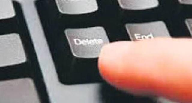 Klavyede 'delete'i sildik