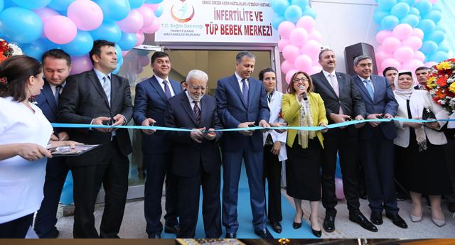 Tüp bebek merkezi açıldı