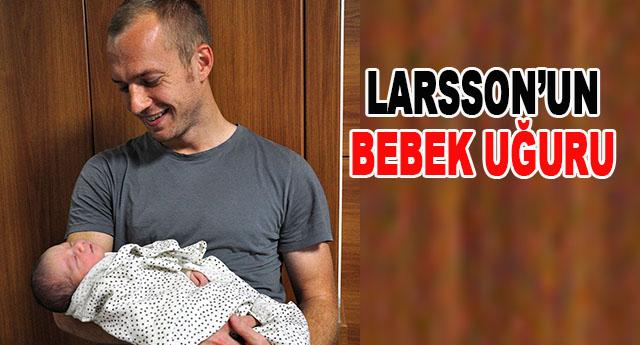 Larsson gollerine devam ediyor