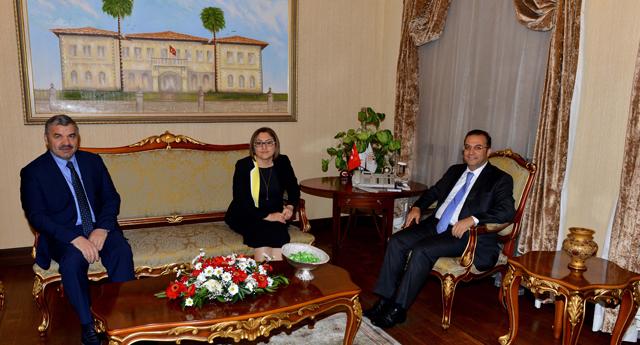 Antalya Valisine ziyaret
