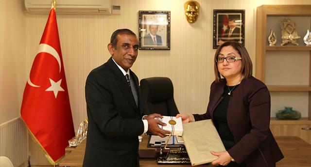 Hindistan Büyükelçisi'nden Şahin'e Ziyaret