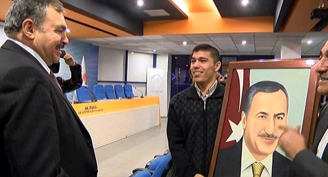 Bakan Eroğlu'na Sürpriz