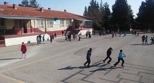 Yavuzeli'nde Öğrenciler Ders Başı Yaptı