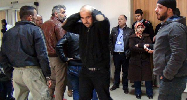 Suriyeli,Beton Bloğun Altında Kaldı
