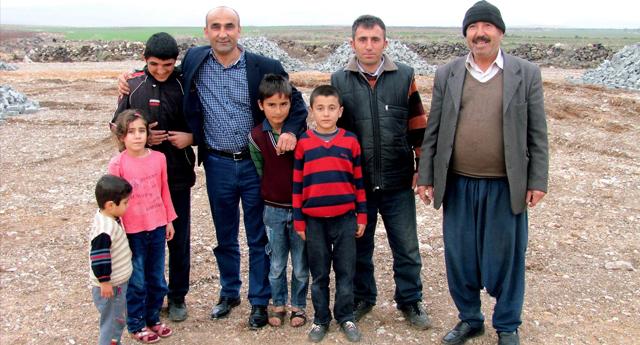 Başkan Özdemir'in Çocuk Sevgisi