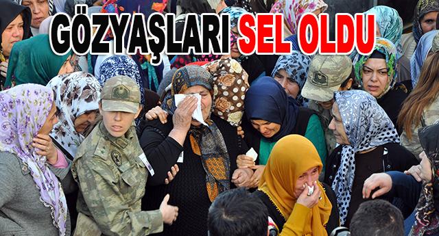 GAZİANTEP ŞEHİDİNİ UĞURLADI..