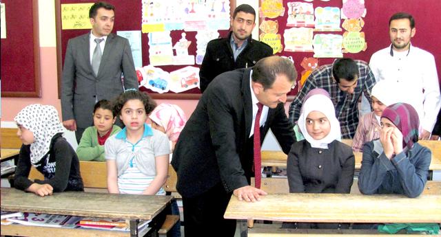 Suriyeli çocuklara merkez