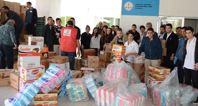 Türkmenler için yardım topluyorlar