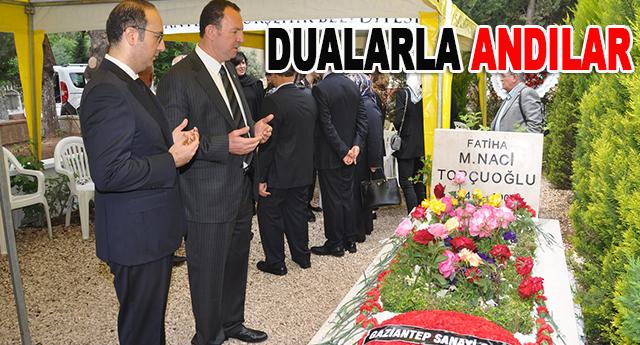 Mezarı başında tören düzenlendi