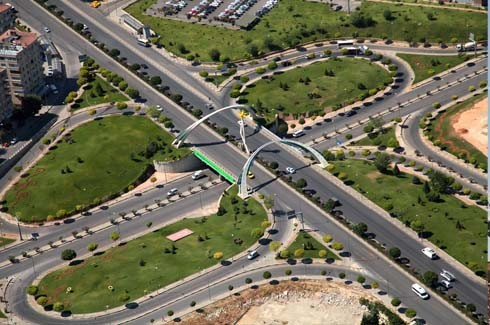 Gaziantep trafiği, köprülü kavşaklarla rahatladı
