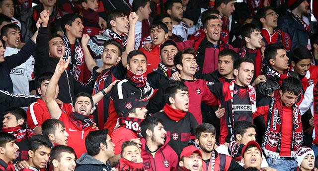 Benficalılar heyecan yarattı