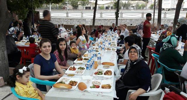 En sessiz iftar