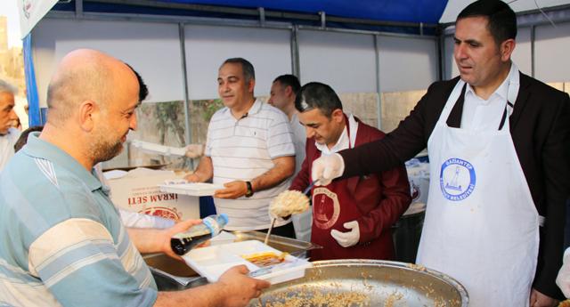 Borsa'dan 3 bin kişiye iftar