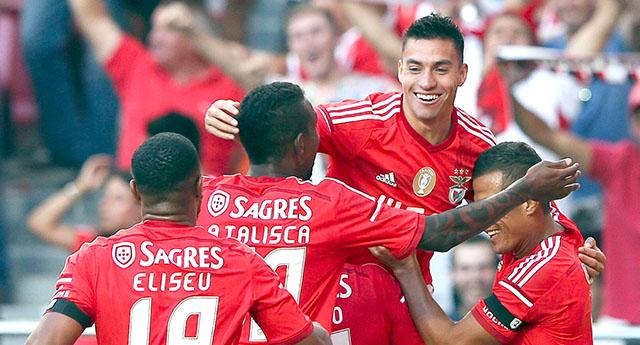 Stadı açılışında Benfica