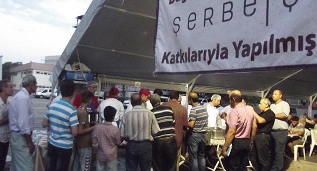 Şerbetçi'den büyük iftar