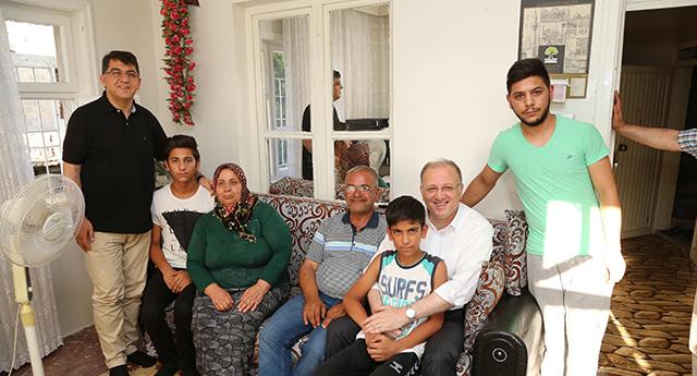Ailelerin yanındalar