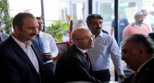 Şimşek Gaziantep'te Partililerle Bayramlaştı
