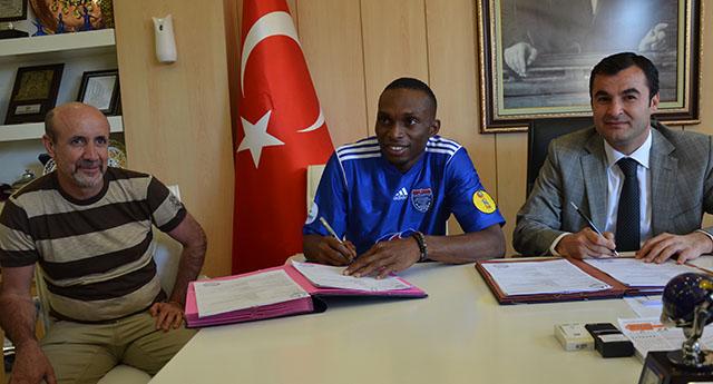 Uche Kalu 2 yıl Büyükşehir'de