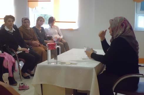 Anne eğitimi semineri