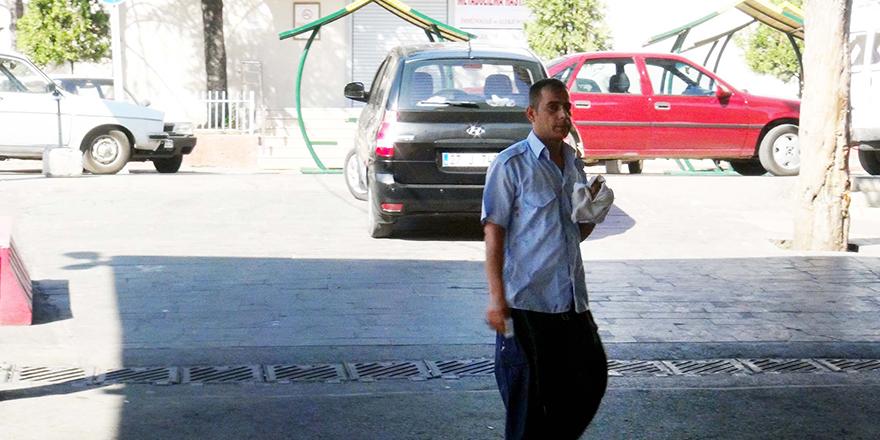 Gaziantep'te acemi kasaplar kendilerini yaraladı