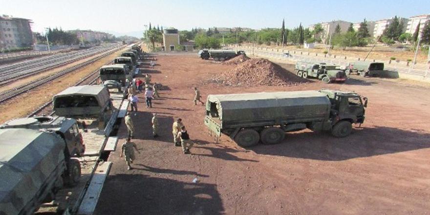 Askeri birliğin taşınması devam ediyor