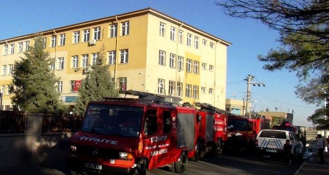 Gaziantep'te okula molotoflu saldırı