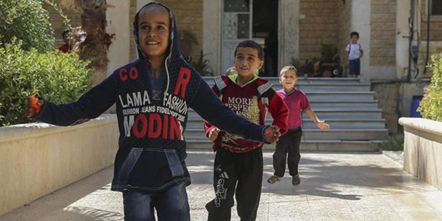 Cerabluslu çocuklar okullarına kavuşacak