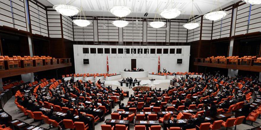 Mecliste F Klavye tartışması
