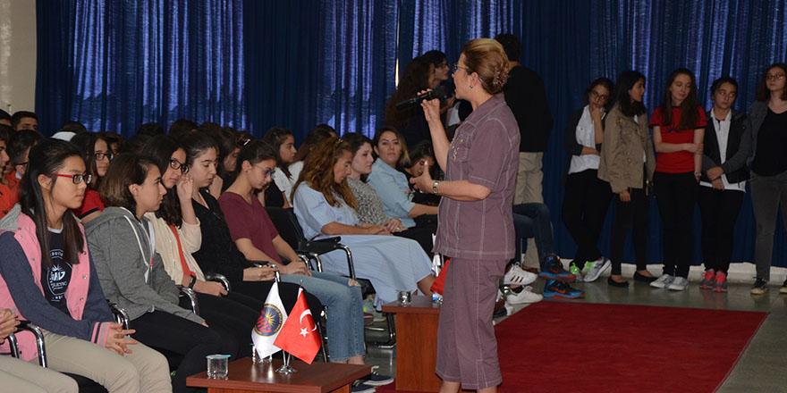 Kolej'de sosyal etkinlik