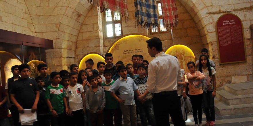 Öğrenciler müze gezdi