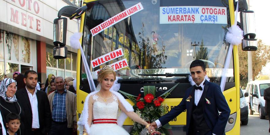 Halk otobüsü, gelin arabaları oldu