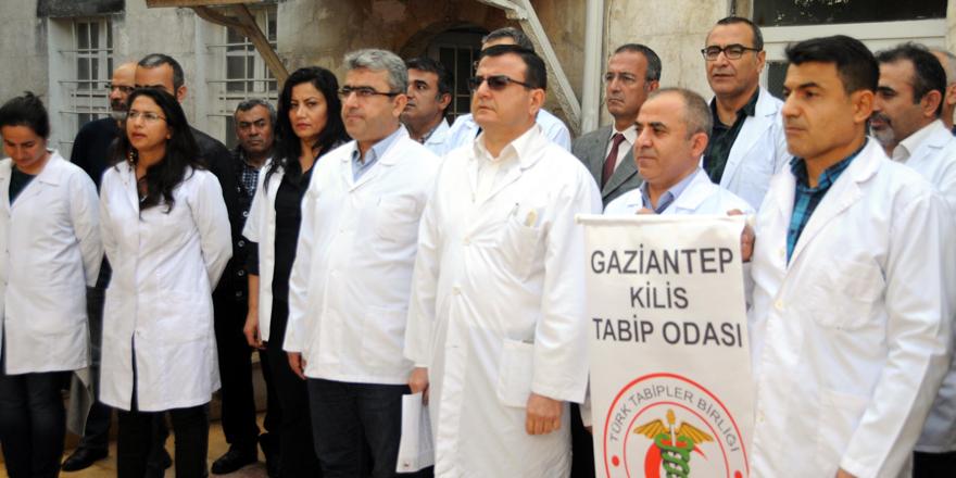  Doktorlardan protesto