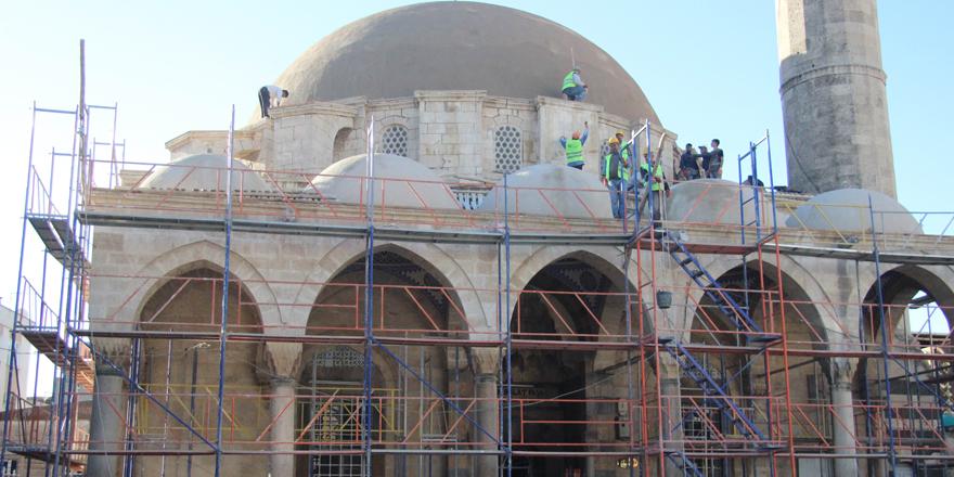 Tekye Camii'nde hummalı çalışma