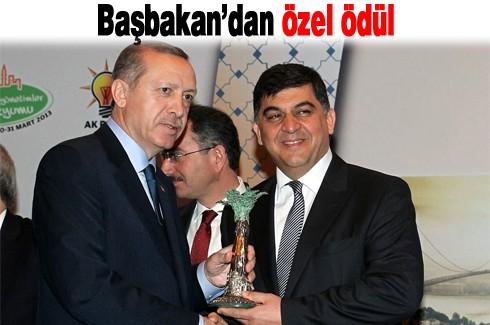 Başbakan'dan özel ödül