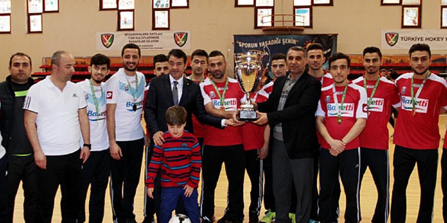 Gaziantep Polisgücü Şampiyon Oldu