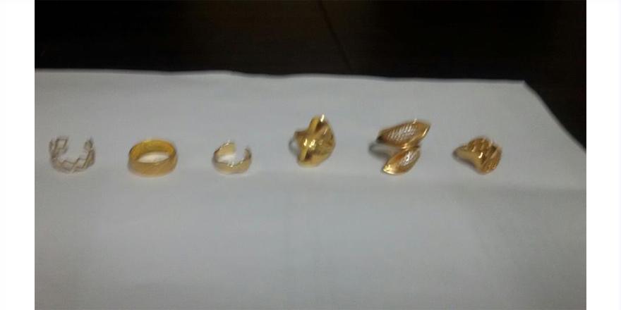 Altın çalan hırsızlar polisten kaçamadı