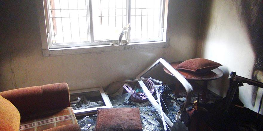 Sığındıkları ev yandı